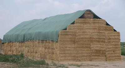 Agricoltura - Copertura di paglia, fieno e stocchi
